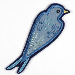 Iron-on patch of the bird blackbird as an appliqué to iron on or patches and accessories