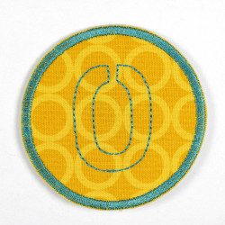 round patch with the number 0 for ironing on, ideal as an elbow patch or knee patch