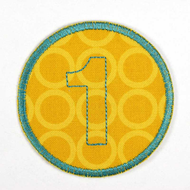 round patch with the number 1 for ironing on, ideal as an elbow patch or knee patch