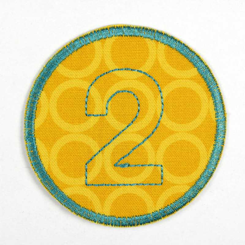round patch with the number 2 for ironing on, ideal as an elbow patch or knee patch
