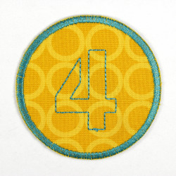 round patch with the number 4 for ironing on, ideal as an elbow patch or knee patch
