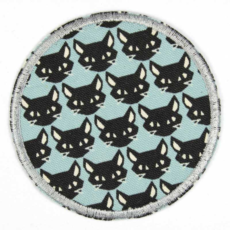 Iron-on patches with cats as a motif, ideal as elbow patches or knee patches