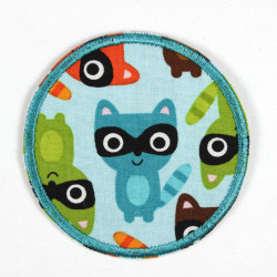 Iron-on patches with raccoons as a motif, ideal as elbow patches or knee patches