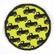Flickli rund Autos auf gelb