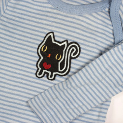 with black cat patch decorated shirt light blue striped iron on applique with red heart