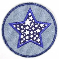 Flickli rund mit Stern und weissen Sternchen auf blau