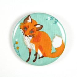 Button sitting fox fabric button pin 2.2""