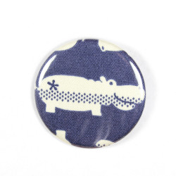 Button hippo fabric button pin 2.2""