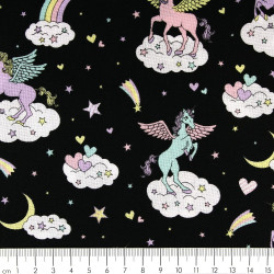 Stoffe mit kawaii Einhorn Baumwollstoff schwarz patchworkstoff zum quilten cosmo fabrics Pegasus auf Wolken Sternschnuppe Pferd