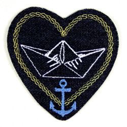 Flickli Herz Aufbügler Glaube Liebe Hoffnung gestickt Jeans blau