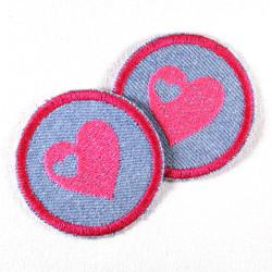 Flicken zum aufbügeln rund gesticktes Herz pink Jeans hellblau Mädchen Bügelflicken
