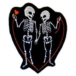 """Bügelbild""""Ewige Liebe"""" Skelette und Totenkopf Menschen Aufbügler gestickter Flicken zum aufbügeln"""