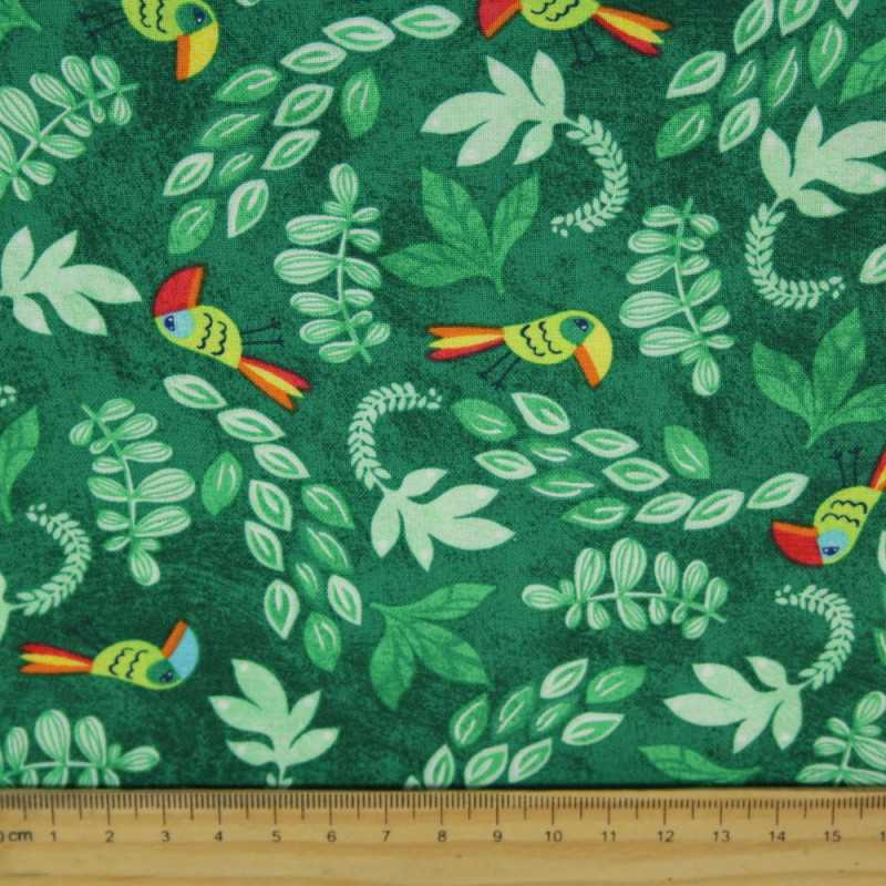 by metre quilting fabric-green FQ cotton 1//2 metre floral  fabric blue