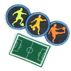 Bügelbilder Paket Aufbügler Junge 4 Flicken groß Fußballer Fußballplatz klein Fußballer zum aufbügeln