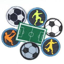 Bügelbilder Fußball Set 7 Flicken Fußballer Bügelflicken Angebot Fußballplatz Aufbügler Jungen Patches Sport Knieflicken klein