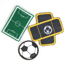 Bügelbilder Fußball Set mit Fußball Flicken Fußball Pflaster Aufbügler und Fußballplatz Bügelbild für Fußball-Fans als Angebot