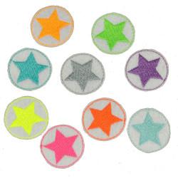 Flicken Stern Set 9 mini Bügelflicken Neon Sternchen Aufbügler bunte kleine Patches Hosenflicken auf weiß