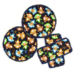 3 iron-on patches for children with colorful monkeys