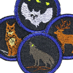 Iron-on patches 4 little owl deer lynx wolf as trousers patch blue enlarged detail view - with zoom effect