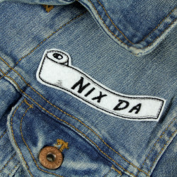 "Patch toilet paper on denim jacket with lettering ""NIX DA"" patch for adults"
