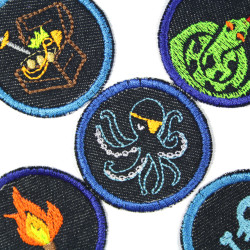 Iron-on patches octopus treasure chest snake torch skull round pirate patch to iron on suitable as knee patches