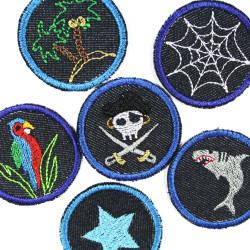 Pirate gang with pirate trouser patches island net bird and star small round jeans patches to iron on