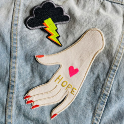 Combine patches and design individual jackets or bags quickly and easily - iron-on patches for adults by flickli