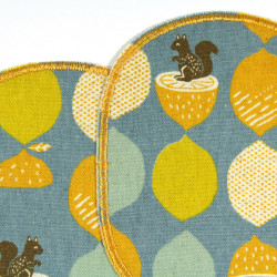 2 patches for children iron on motif acorns and squirrels on blue details