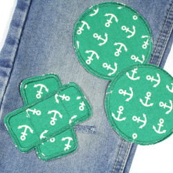 Patch set 3 iron-on patches to repair cracks with a maritime motif, white on green